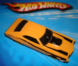 Hot Wheels 2012 72 Ford Gran Torino Sport Yellow