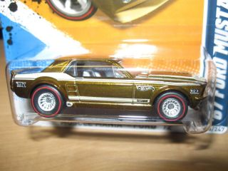 Hot Wheels 2012 67 Ford Mustang Coupe Super Treasure Hunt