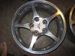Corvette Polished Thin Spoke Wheel Rim W/ center caps Front 17 97 04