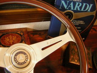 Mercedes W107 350 SL 450 SL SLC 72   75 Nardi Wood Steering Wheel 15.3