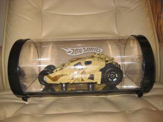 Batman Begins Hot Wheels Batmobile Tumbler 1 18 Scale in Display Case