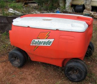 Gatorade 60 Qt Ice Chest With Wheels 370