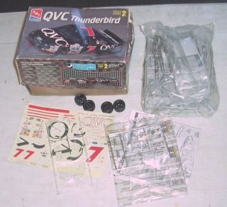 AMT/ERTL # 7 Geoff Bodine QVC Ford Thunderbird Model Stock Car NASCAR