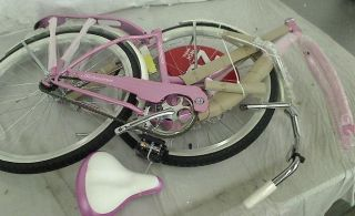 Windwood Womens Cruiser Bike 26 inch Wheels Pink 18Frame
