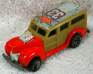 1979 Hot Wheels Diecast 1940 Ford 33 Orange Woodie