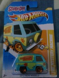 2012 Hot Wheels Scooby do Mystery Machine 38 247