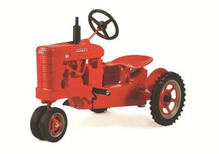 Farmall M Pedal Tractor w Spoke Rims NIB Made in USA Unassembled